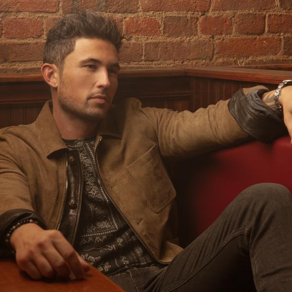MICHAEL RAY'S HONKYTONK THROWBACK OPTS FOR HUMAN CONNECTION OVER HEARTACHE